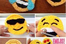 Tığ işleri emoji