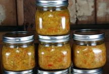 Relish - Delicious Home Canned Relishes / Home canned relish recipes that you can make with or without sugar and salt