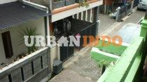 Dijual Kos Aktif Pusat Kota Bandung 2 Lantai, 2 Paviliun, 8 Kamar Tidur, Masuk Mobil, Bebas Banjir,