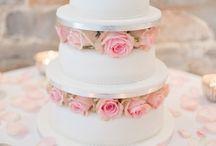 Wedding Cake Inspiration / Wedding Cakes shot by Julie Michaelsen Photography www.juliemichaelsen.com