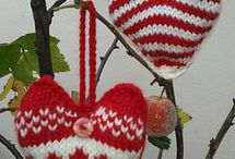 {{ Knitted Holidays }}