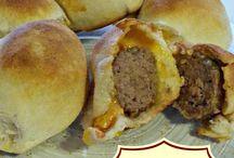 Cheesburgers / Glorious burgers!