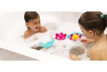 Купание / Детские ванночки, игрушки для ванной, мочалки, полотенца и пр.