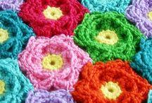 hæklede blomster små planter
