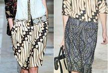 Batik And Kain Tenun Indonesia
