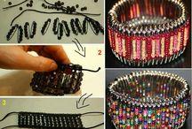 Korálky * Beads & Necklaces / Navlékání a montování
