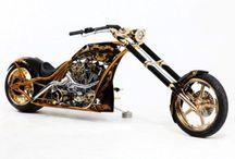 Motocicletas personalizadas / Las motocicletas personalizadas