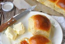 Breads / Dinner rolls