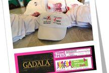 Χορευτική Ομάδα Παραδοσιακών Αραβικών Χορών GADALA Αιγυπτιακοί χοροί Χορός της κοιλιάς Bellydancing / 23/9/2015 - Μόλις παραλάβαμε τα μπλουζάκια και τα καπέλα για τον Αγώνα της Κυριακής!!! Η Ομάδα «#GADALA Εξειδικευμένο Κέντρο Διδασκαλίας Ανατολίτικου Χορού» - (Αρχηγός: Gadala Fotini) είναι έτοιμη! ΣΥΜΜΕΤΡΕΧΟΥΜΕ με το Alma Zois ενάντια στον καρκίνο του μαστού!!! www.gadala.gr * 2103211008 * info@gadala.gr
