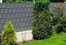 Sichtschutzzäune / So gestalten Sie Streifen für Streifen Ihren Sichtschutzzaun mit PVC Kunststoffstreifen.