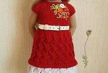 Pletené šatičky pro panenky