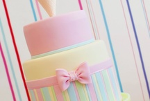 Girls cake / by Caroll Segnini