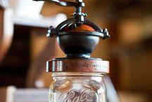 Kávové přístroje / Přístroje na výroby nejlahodnější kávy.