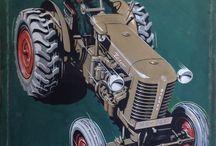 """Zetor / Zetor vznikl po 2. světové válce jako součást Zbrojovky Brno. Název Zetor, pozdější značku, jíž tehdy státní podnik začal označovat svoje traktory, vytvořil člen ekonomického oddělení Rostislav Sapák na jaře roku 1946, vznikl spojením především Zet (hláskované písmeno """"Z"""" z názvu Zbrojovky) a koncovky -or ze slova traktor (nebo z názvu ZEmědělský trakTOR)"""
