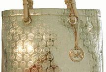 Chic handbags / by Nora Guerra-Atkinson