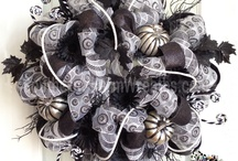 Halloween Wreaths / Halloween wreaths by www.southerncharmwreaths.com / by Southern Charm Wreaths
