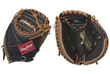 Baseball Catchers Gloves / Catchers Gloves or Mitts are measured around the circumference, and range between 32 inches to 34 inches. It is always good to keep in mind when looking to buy a Catchers Glove that these Gloves get a lot of use, more than any other type of Baseball Glove.