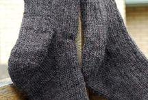 """lavori a maglia / realizzazione di capi lavorati a maglia con filati made in Italy """" PRIMAVESI""""  Per info antica-merceria@libero.it  oppure contattateci telefonicamente allo 0833543011"""