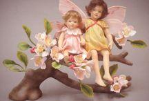 R. John Wright Dolls