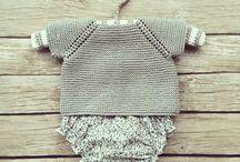 punto bebé jerséis gris manga corta empezado por el cuello ranglan