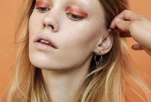 Makeup: Glossy eyes