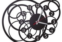 Wall Clocks And Ornaments / Clocks in good time