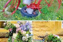 stary rower w ogrodzie