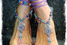 toe anklets / by Kath
