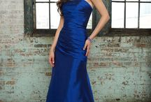 Blue Weddings / All things blue for a Wedding in 2012 / by Glamourous Gowns Gowns