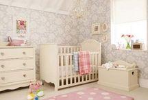 dormitorios de bebe / by Valeska Vasquez