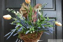 Crafts:  Wreaths / Wreaths for every occasion.  Holiday Wreaths.  Seasonal Wreaths.