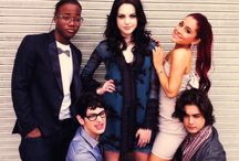 Victorious cast / I love those guys they always make me smile