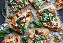 Best Pizza Recipes / Collection of best pizza recipes. Here you will find lot of different combinations of pizza recipes! Check it out and pin them!
