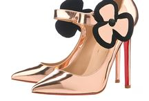 Zapatos  / by lizette narvaez
