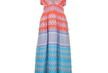 MaXi DreSS MANIA / by The Hunter Auntie