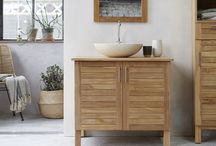 Warmth & cosiness of bathroom / A magnificent bathroom that combines elegance and sophistication. Discover our range of wash basins, vanity cabinets in marble, terrazzo, in teak ..., as well as our selection of decorative objects.