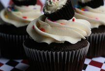 Yummy / by Lisa Galluccio Hughes