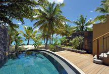 TROU AUX BICHES - MAURITIUS / Trou aux Biches Resort & Spa è uno degli esclusivi Beachcomber Hotels a Mauritius. Situato sulla costa nord occidentale di Mauritius è affacciato su una spiaggia bianchissima, una laguna turchese tra le più belle dell'isola. La sua posizione garantisce un clima ottimale e l'atmosfera romantica che si respira, lo rende un luogo indimenticabile per le lune di miele. Grazie all' attenzione particolare riservata alla tutela ambientale, è considerato il primo resort eco-friendly di Mauritius.