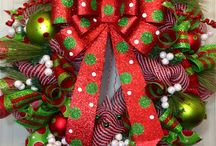 wreaths / by Becca McIlwain