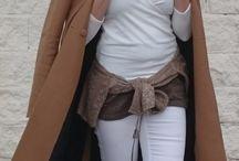 Camel Coat / un look, muy sencillo, configurado en torno a básicos en colores neutros, donde el máximo protagonista es un abrigo camel, que aporta carácter y tendencia. Este tipo de abrigos, son además el comodín para cantidades infinitas de outfits porque combinan de maravilla con la práctica mayoría de colores y con prendas de todo tipo e infinidad de estilos de faldas, vestidos y pantalones. Una maravilla !!!! #CamelCoat #StretStyle #Fashion http://gabbynnia.com
