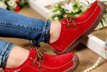 Cipők,szandálok