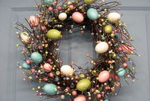 Easter Egg Hunt / We love Easter! Bank holidays, bunnies and bowls and bowls of chocolate. Have a little look at our favorite Easter pics from the world of Pinterest.