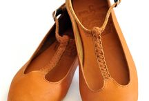 Shoes/Flats/Boots / by Debby Wheelock