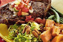 Texas Christmas Dinner / Texas Christmas Dinner Ideas / by Christy Gutt
