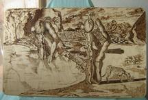 Oggetti pirografati / La pirografia è l'arte antichissima di imprimere, attraverso l'utilizzo del fuoco o di alcuni oggetti incandescenti, delle immagini su legno.