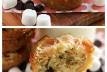 Muffins / by Danielle Rankin