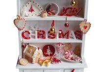 dollhouse on Christmas  l