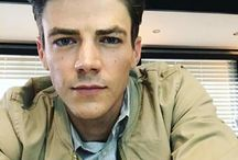 Grant Gustin / The Flash