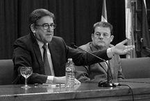 El catedrático de Economía Aplicada, Juan Torres López,  en el IES H. Lanz / El catedrático de Economía Aplicada, Juan Torres López, disertó en el IES H. Lanz sobre 'Los problemas actuales y las posibles soluciones de la economía española