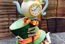 Gateau thème Alice aux pays des merveilles / Alice in wonderland Cake
